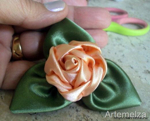роза из атласной ленты (26) (521x421, 115Kb)