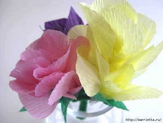 цветы из гофрированной бумаги (2) (550x414, 78Kb)
