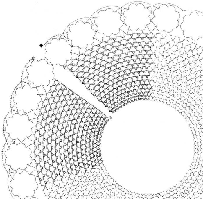 Ширина воротничка 12 см. Свяжите 28 объемных трехъярусных цветов, соединяя их между собой.