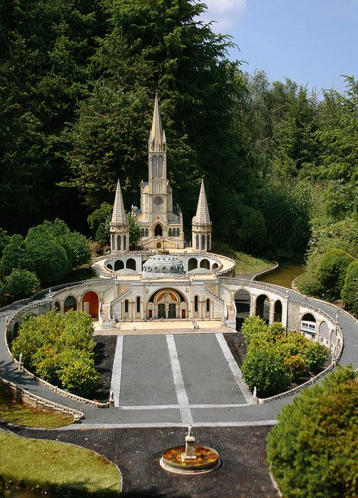 франция парк миниатюр фото 12 (502x698, 359Kb)