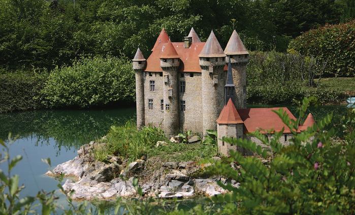 франция парк миниатюр фото 15 (699x425, 275Kb)