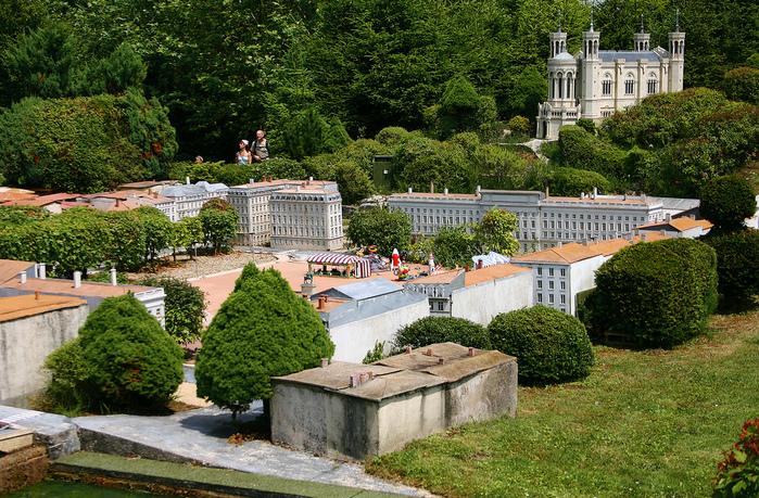франция парк миниатюр фото 21 (699x459, 353Kb)