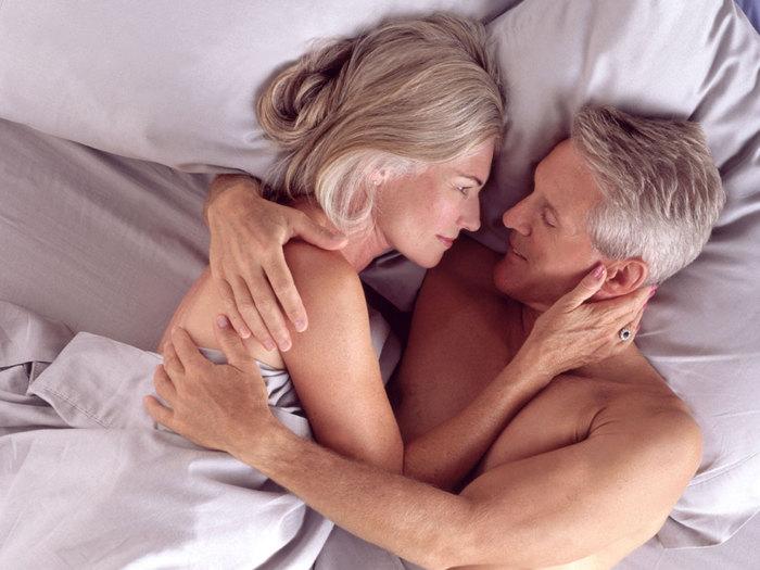 Мужчина после сорока секс видео в постели