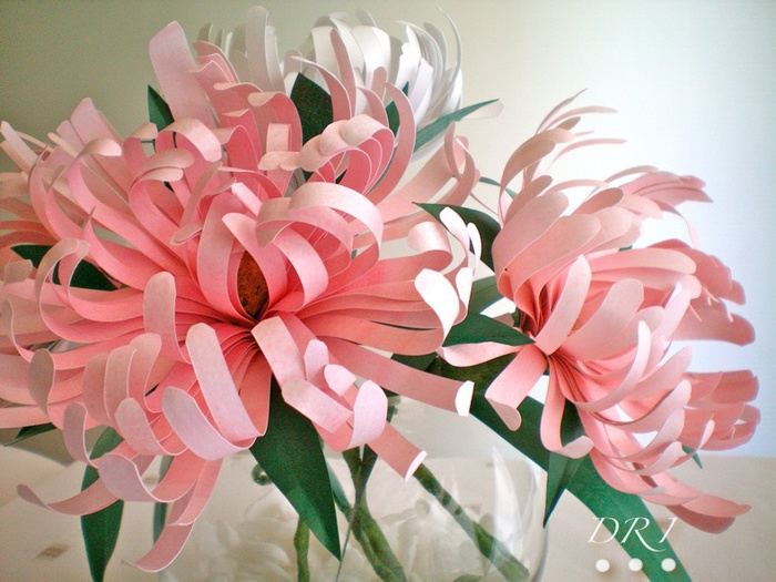 цветы из бумаги мастер-класс (1) (700x525, 135Kb)