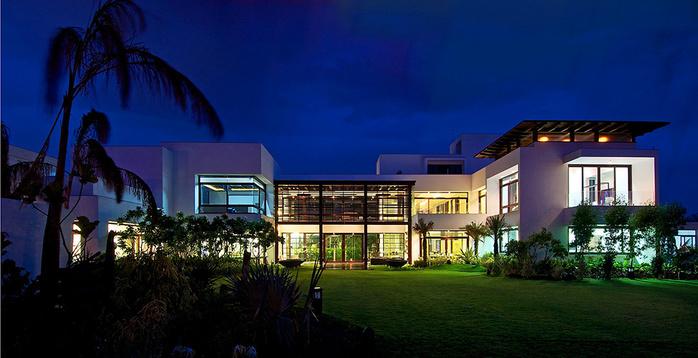 роскошный дом фото 11 (700x358, 133Kb)