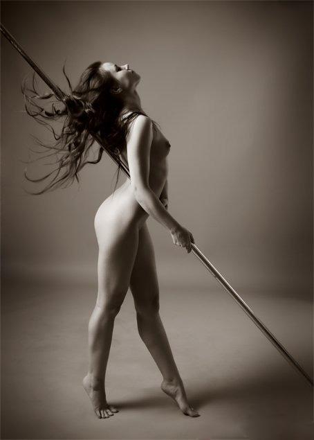 1254312279_photographer-mikhail-vjuzhanin-photo-nude-portret (454x635, 51Kb)