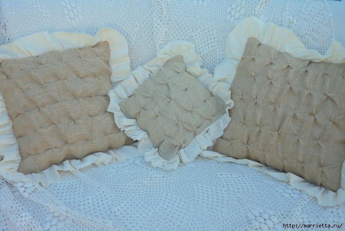 подушки из мешковины, бязи и цветов в стиле шебби шик (23) (700x469, 298Kb)