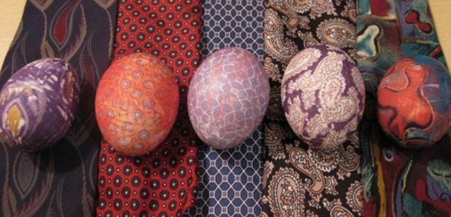 необычные способы покраски яиц (4) (636x306, 510Kb)