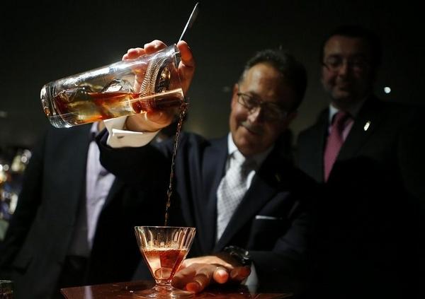 самый дорогой в мире коктейль 1 (600x423, 118Kb)