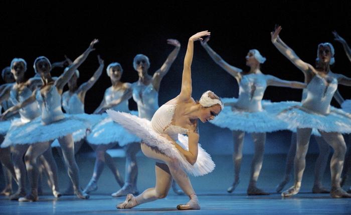 Танец Маленьки Лебедей