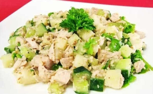 Салат с свежим огурцом и курицей рецепт