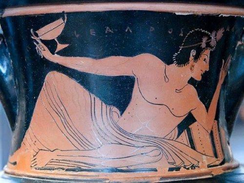 грек (500x375, 48Kb)