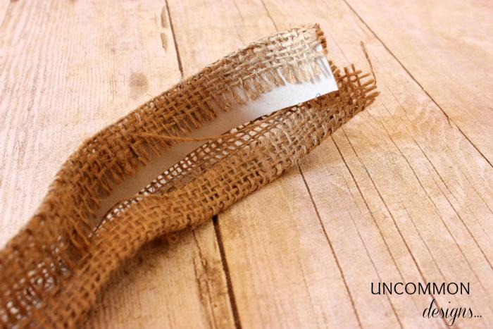 Пасхальные кольца для салфеток. Ушки из мешковины (4) (700x467, 675Kb)