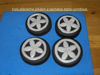 3D торты. Автомобили из мастики (5) (400x300, 22Kb)