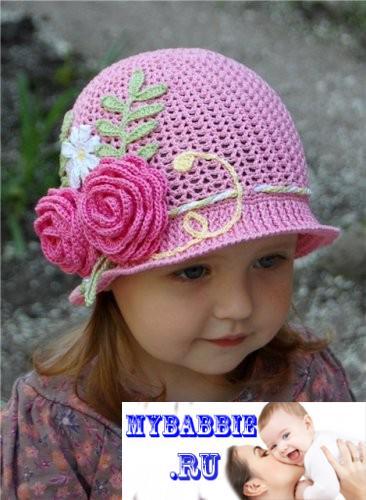 Летняя шапочка с полями для