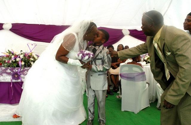 свадьба необычная (640x421, 90Kb)
