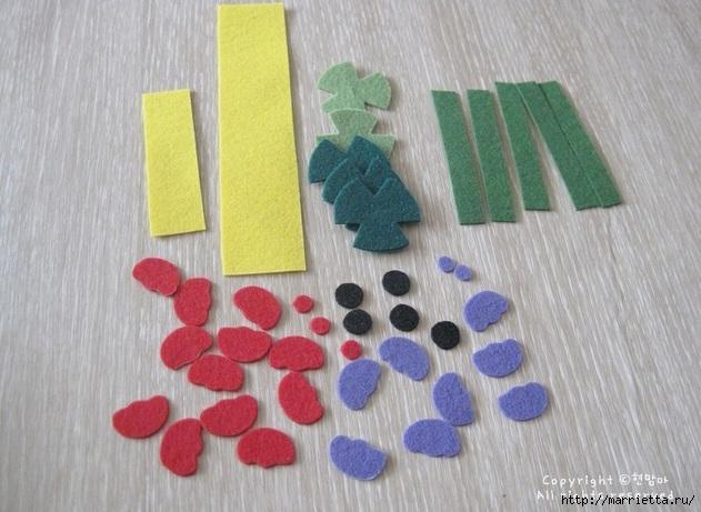 Маленький букетик цветов из фетра. Сувенирный брелок (6) (631x461, 190Kb)