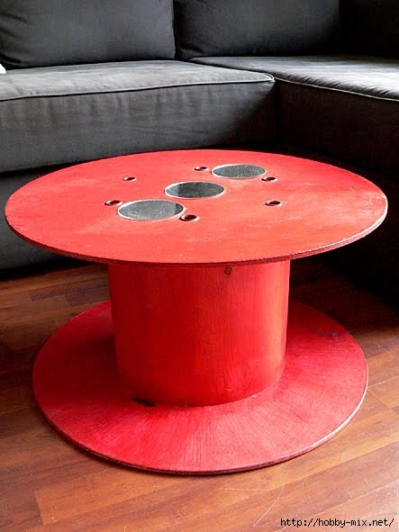 table-basse-bobine-edf-recuperation-brocante-customisation-bricolage (443x591, 139Kb)
