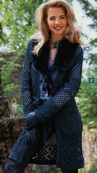 Вязаное пальто для летних и