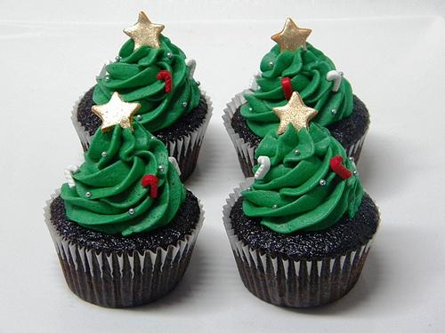 Christmas-Cupcakes-Trees (500x375, 188Kb)