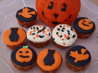 Halloween cupcakes2 (400x300, 119Kb)