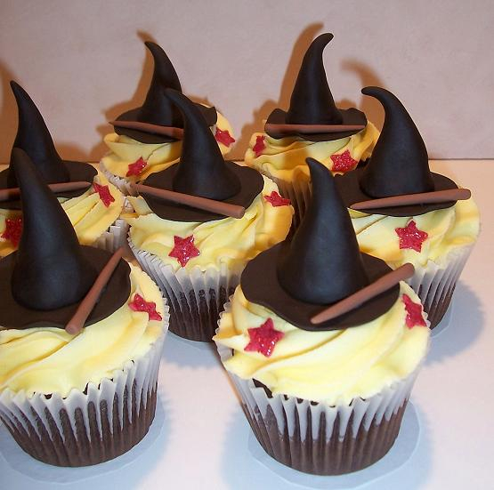 HP wizard hat cupcakes (555x551, 229Kb)