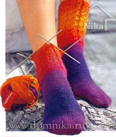 Вязание носков спицами от