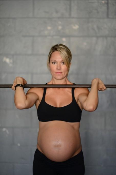 Леа–Энн Эллисон беременная фотосессия 9 (453x680, 94Kb)