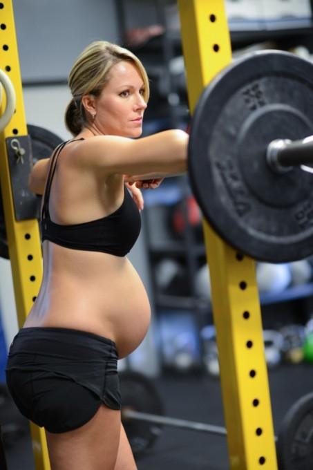 Леа–Энн Эллисон беременная фотосессия 13 (453x680, 129Kb)
