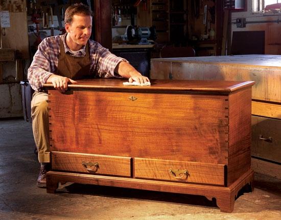 Изготовить своими руками мебель