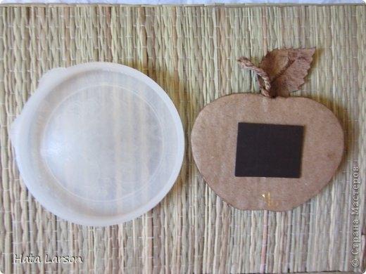 Сувениры - магнитики ЯБЛОЧКИ из картона и прищепок (14) (520x390, 108Kb)