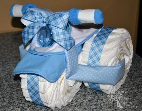 Motocicleta de los pañales - el mejor regalo para un recién nacido.  Master Class (2) (500x389, 381KB)