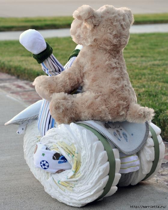 Motocicleta de los pañales - el mejor regalo para un recién nacido.  Master Class (16) (559x700, 315kb)