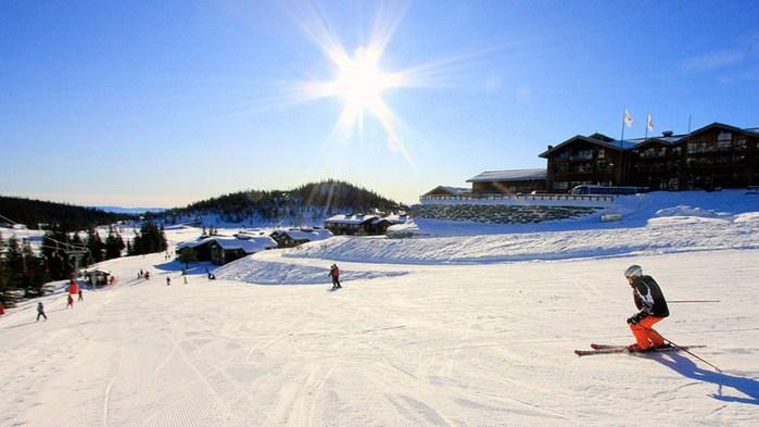 3578968_SkiersunNorefjellNorway_Simen_Berg (700x393, 64Kb)