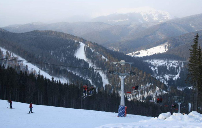 mountain_skiing_Western_Ukraine_bukovel__5 (700x444, 73Kb)