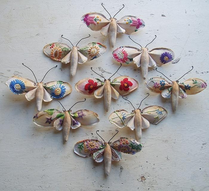 Коллекцию бабочек и моли сшить не хотите А мистер Финч шьет) (9) (700x640, 389Kb)