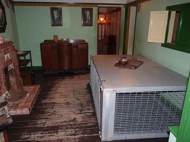 кровати от бомбежек второй мировой фото 8 (640x480, 243Kb)
