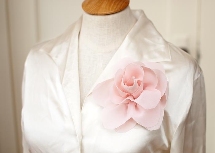 Украшаем одежду цветами из ткани. ЛОТОС из жоржета (15) (700x500, 168Kb)