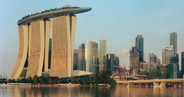 Marina Bay Sands в Сингапуре (600x319, 153Kb)