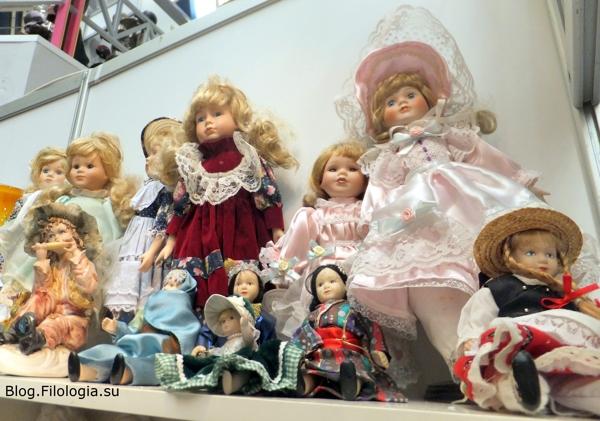 Винтажные куклы на выставке в Москве/3241858_bl010 (600x421, 188Kb)
