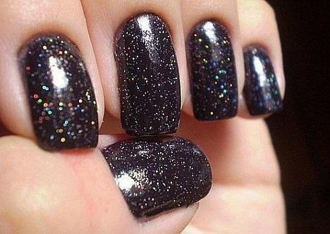 Azatures-black-diamond-nail-polish (468x332, 61Kb)