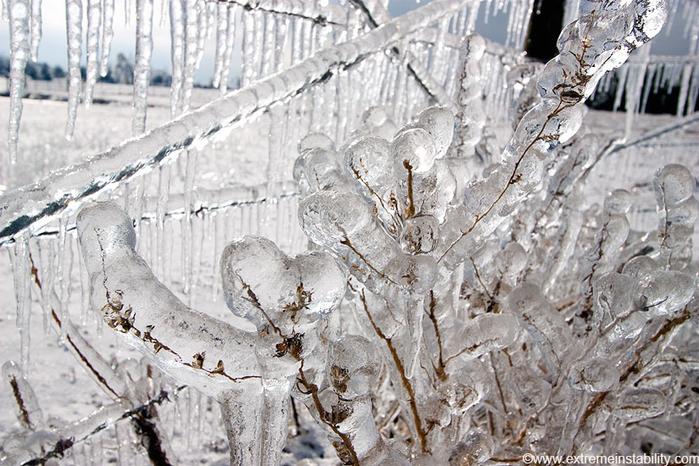 ice_tornado_07 (700x466, 412Kb)