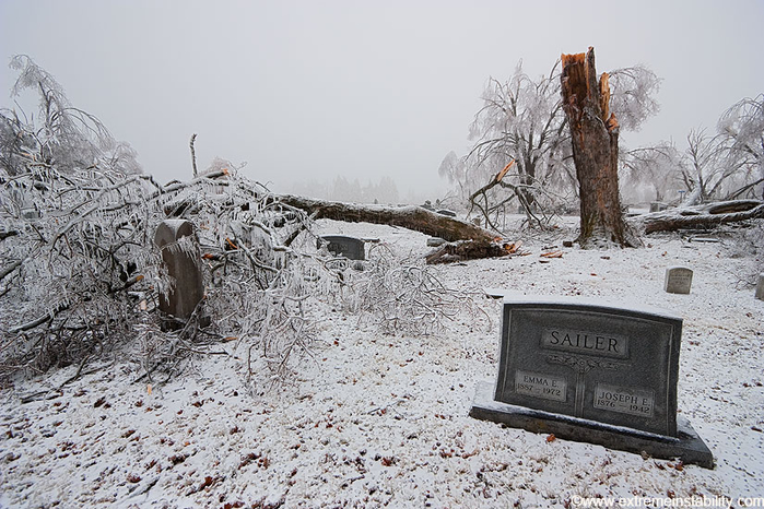 ice_tornado_46 (700x466, 377Kb)