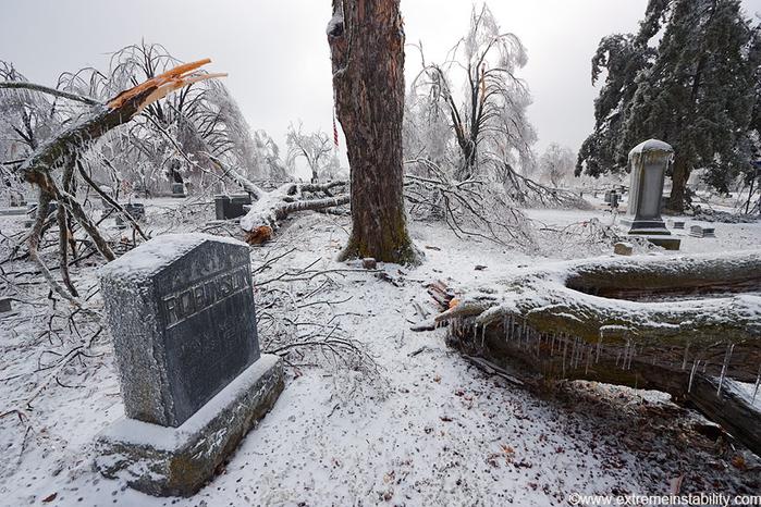 ice_tornado_55 (700x466, 401Kb)