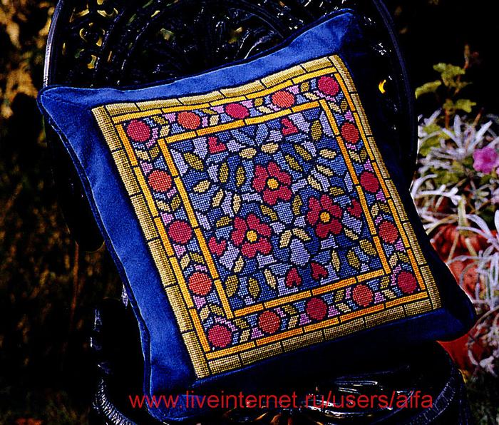 Подушка Edwardian Elegance
