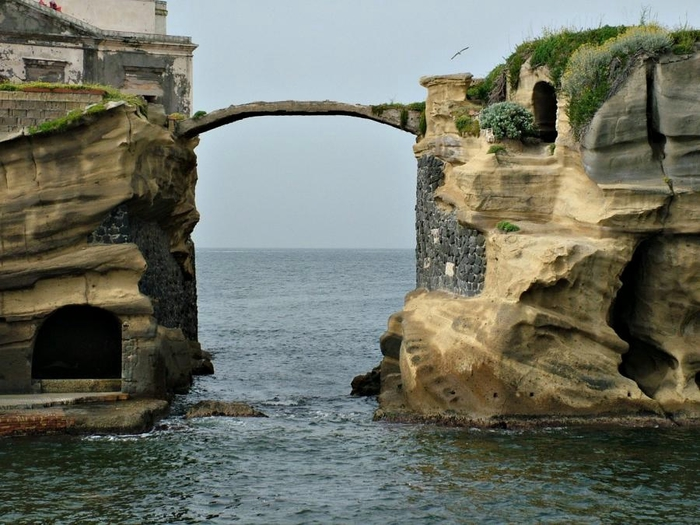 остров гайола италия фото 2 (700x525, 274Kb)