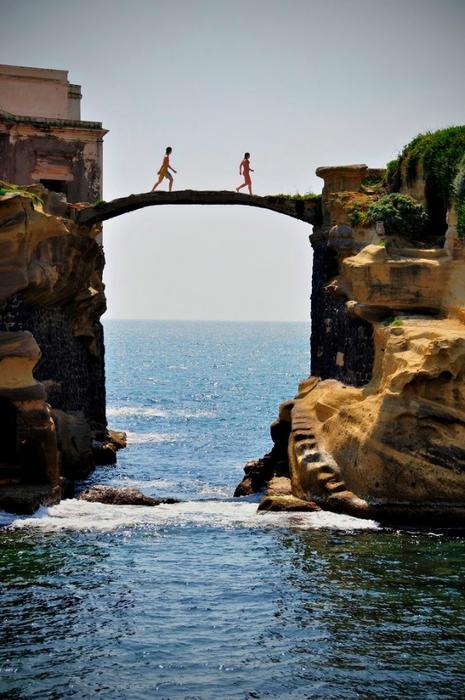 остров гайола италия фото 3 (465x700, 246Kb)
