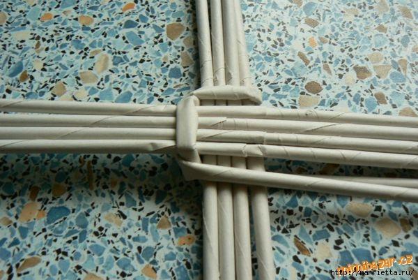 Плетение из газет. Идеи и мастер-класс на донышко плетенки (35) (600x401, 160Kb)