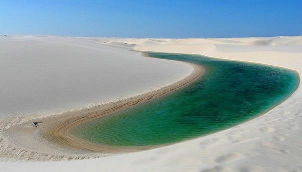 белые песок Ленсойc-Мараньенсес бразилия фото 1 (604x345, 69Kb)