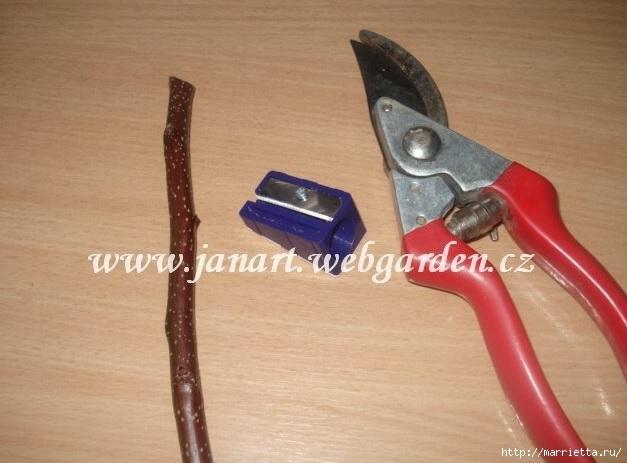 венок ихз деревянных розочек (1) (627x463, 140Kb)